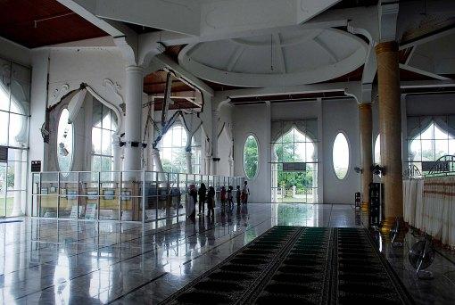 Masjid Rahmatullah
